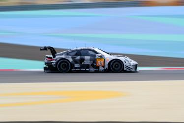 #88 DEMPSEY-PROTON RACING / DEU / Porsche 911 RSR -- Bapco 8 hours of Bahrain - Bahrain International Circuit - Sakhir - Bahrain