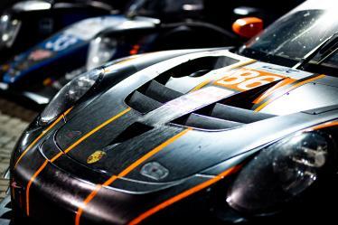 Parc ferme - #86 GULF RACING / GBR / Porsche 911 RSR (991) -- Bapco 8 hours of Bahrain - Bahrain International Circuit - Sakhir - Bahrain