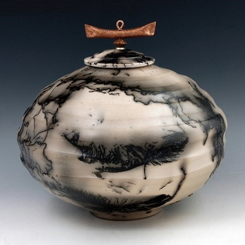 Ahote Cremation Urns
