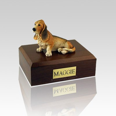 Basset Hound Medium Dog Urn