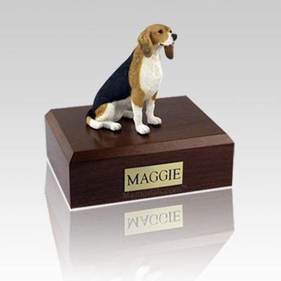 Beagle Sitting Medium Dog Urn