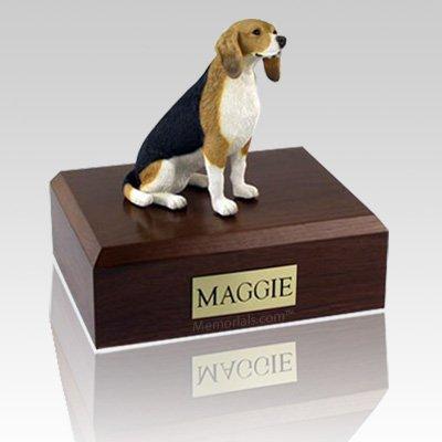 Beagle Sitting X Large Dog Urn