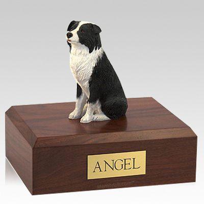 Border Collie Sitting X Large Dog Urn