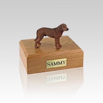 Chesapeake Bay Retriever Small Dog Urn