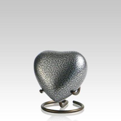 Glenwood Vintage Heart Keepsake Urn