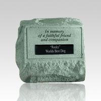 In Memory Of A Faithful Friend Headstone