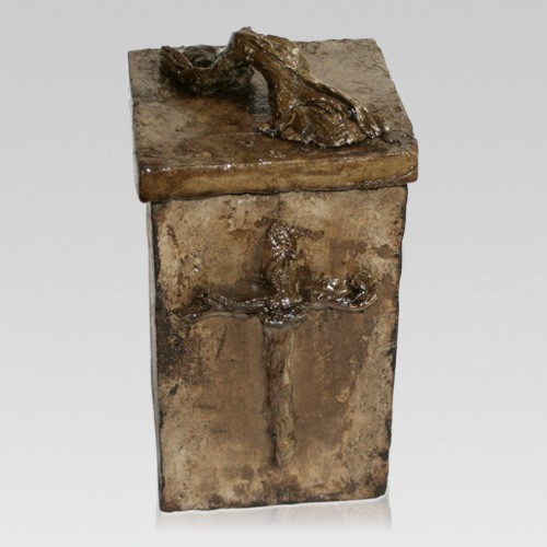 Muheconneok Cremation Urn