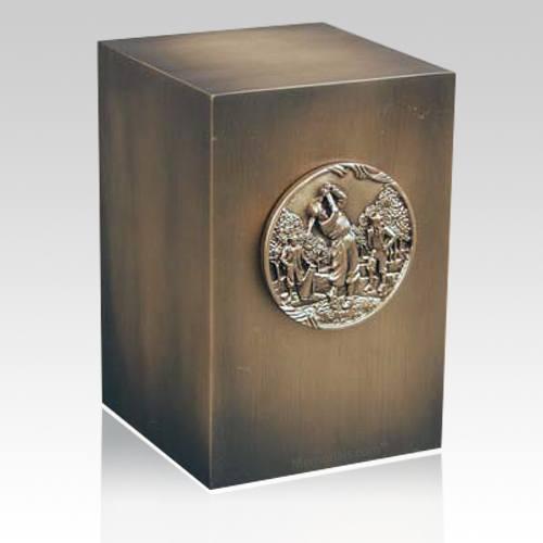 Relic Golfer Bronze Urn