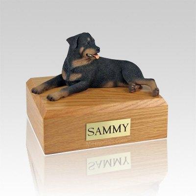 Rottweiler Laying X Large Dog Urn