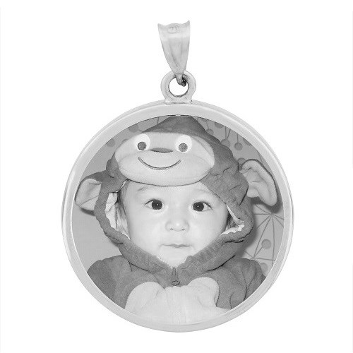 Round White Gold Etched Pendant