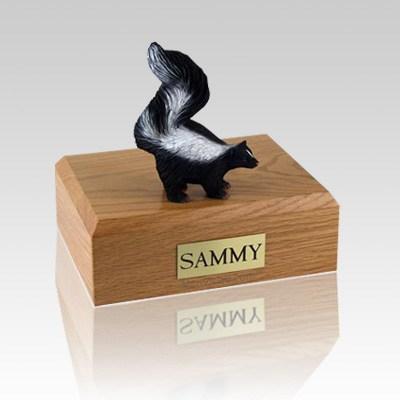 Skunk Medium Cremation Urn