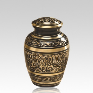 Gee Motif Medium Cremation Urn