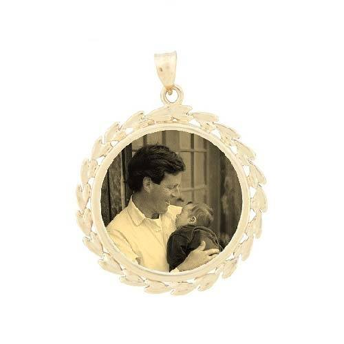 Wreath Yellow Gold Etched Jewelry
