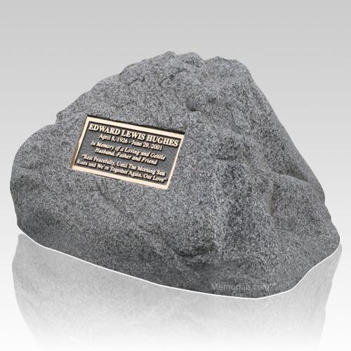 Distinction Memorial Rock