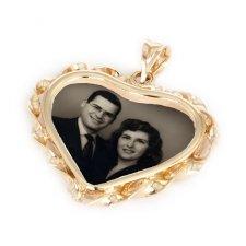 Heart Yellow Gold Photo Pendant