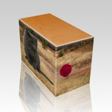Hunting Ground Oak Pet Picture Urn