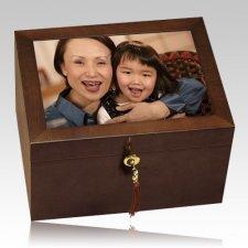 Fidelity Chest Cremation Urn