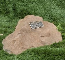 Darling Memorial Rock