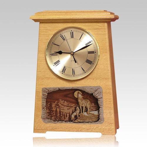 Wolfs Astoria Clock Oak Cremation Urn