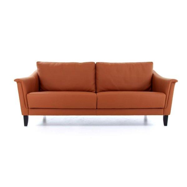 compacte zetel op pootjes met uitschuifbare zitting in leder