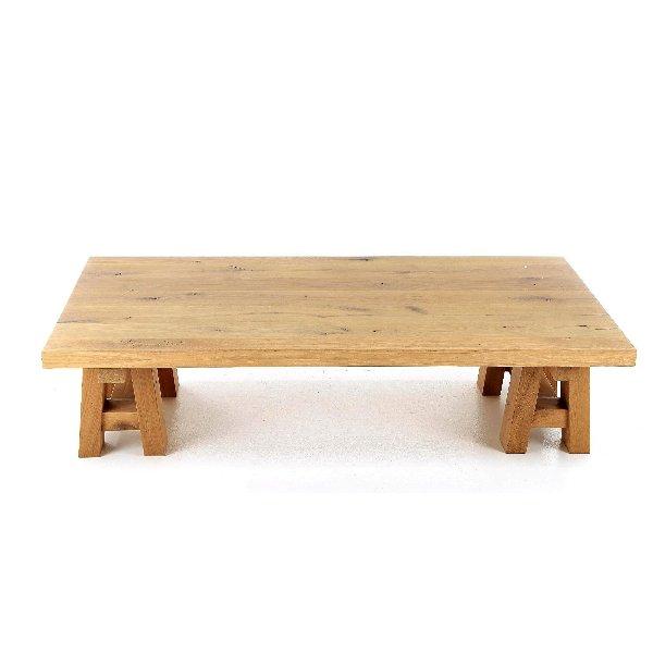 Massieve salontafel op schraag poten in eik landelijk