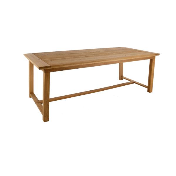 Houten tafel met dwarsbalk