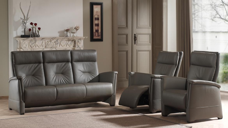 Klassieke compacte salon in leder met hoge rug en relaxfunctie