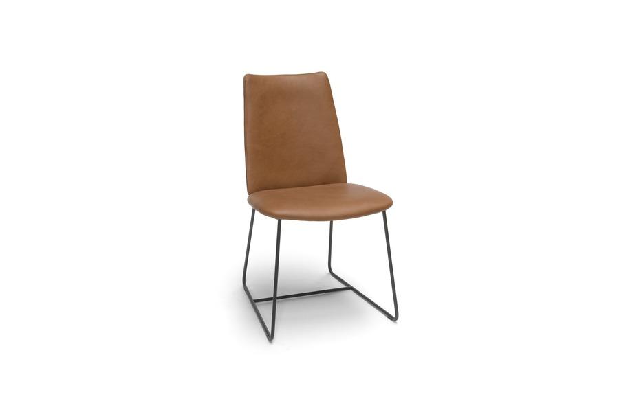 Stoel city stoelen industrieel leder metalen sledepoot cognac