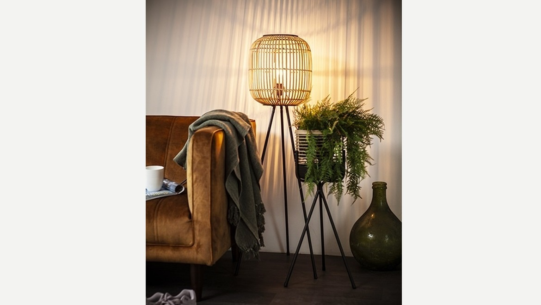 Staanlamp in bamboe op 3 poot