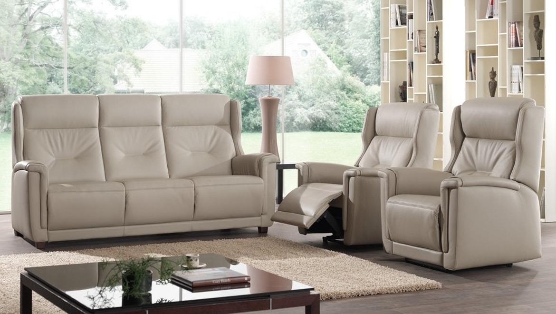 Klassieke zetel met hoge rugleuning en relax
