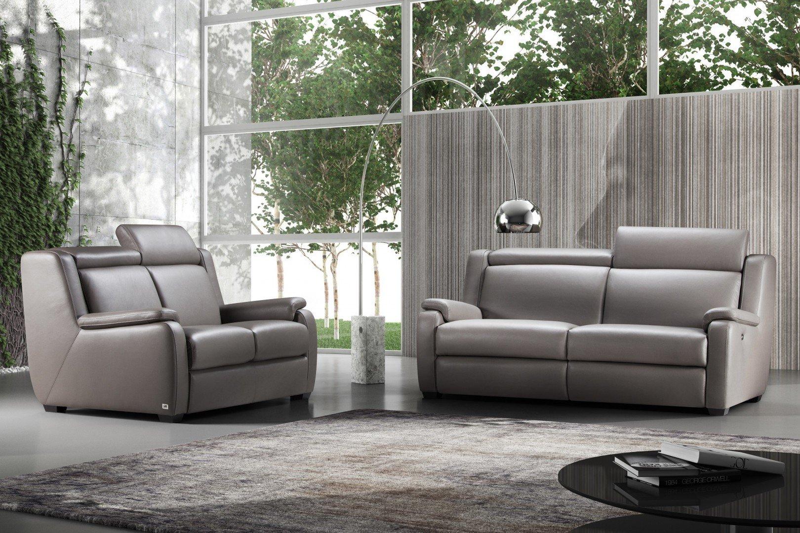 Salon in leder met elektrische relax en opklapbaar hoofdsteun
