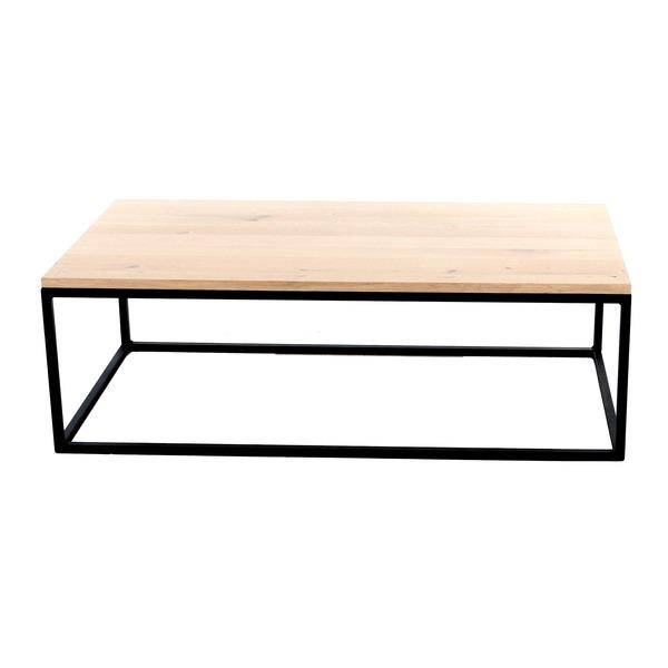 Rechthoekige salontafel in massief eik met zwart metalen frame tijdloos