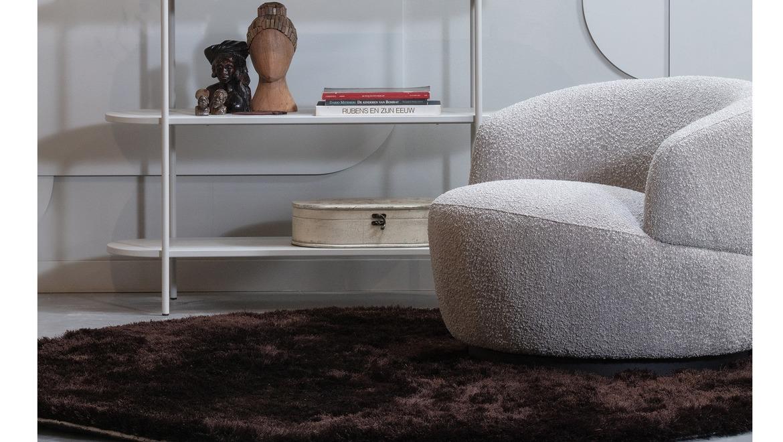 Ronde design zetel draaibaar in beige zachte stof