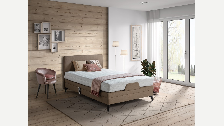 Boxspring elektrisch twijfelaar bed in bruine stof