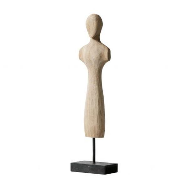 houten beeldje op metalen voetstuk