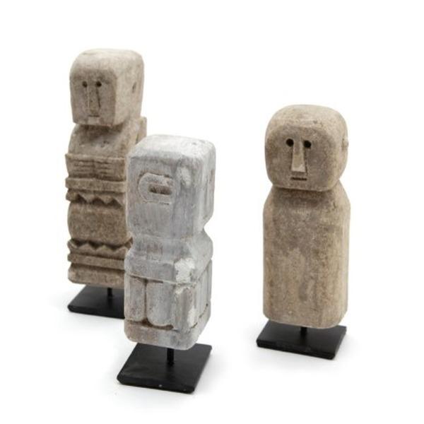 Klein standbeeldje steen