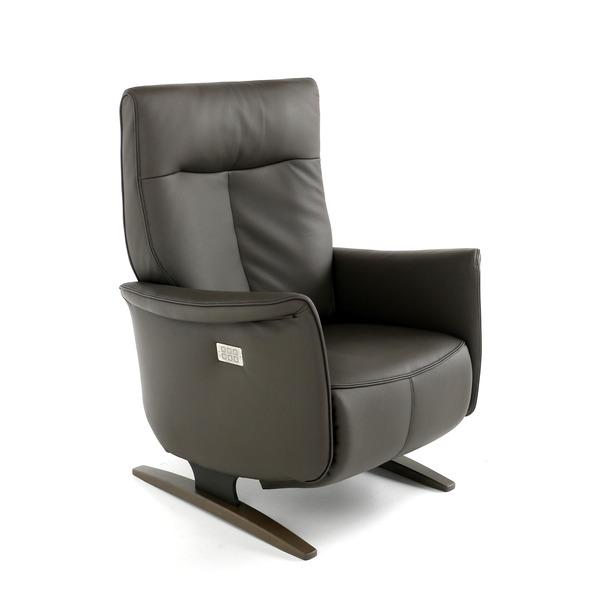 Relaxzetel elektrisch op sledepoot met smalle armen en hoge rugleuning