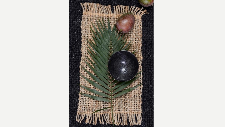 Placemat in jute geweven als eettafel decoratie