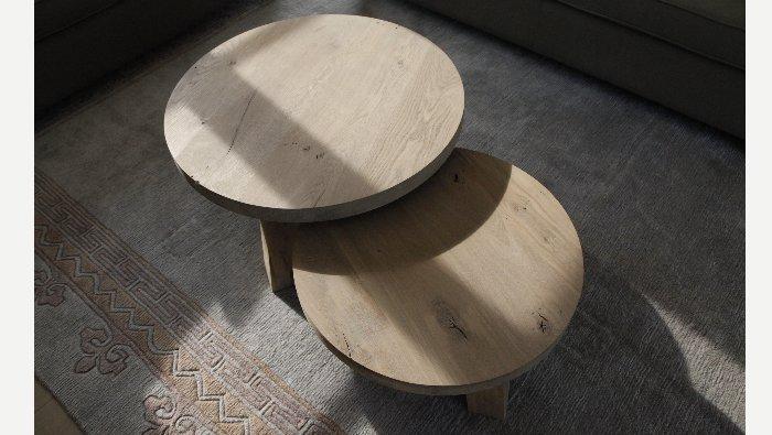 Ronde salontafel in hout brut