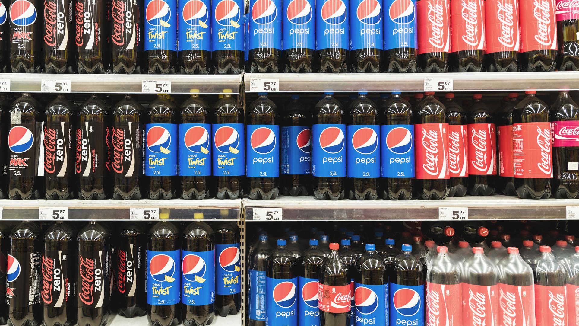 A Coca-Cola e a Pepsi são marcas famosas pela luta pela concorrência