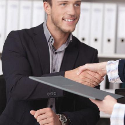 Ask: 3 dicas jurídicas sobre contratação de trabalhadores