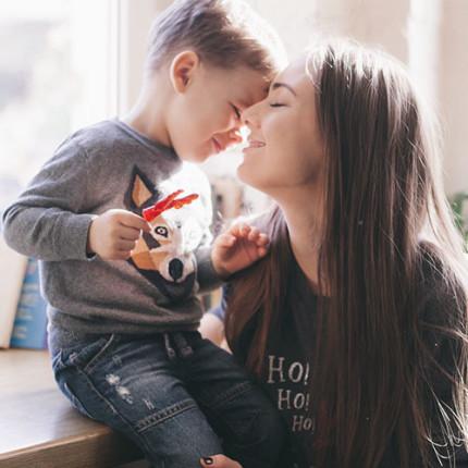 Comportamento das mães brasileiras: entenda como atingir esse público