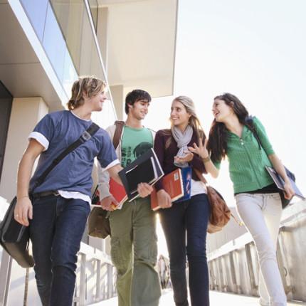 Você sabe o que fazer para empreender durante a faculdade?
