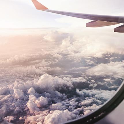 Embarque nessa viagem e conheça a história do criador da Embraer