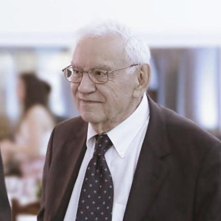 O legado de um empreendedor: pré-estreia de Ozires Silva
