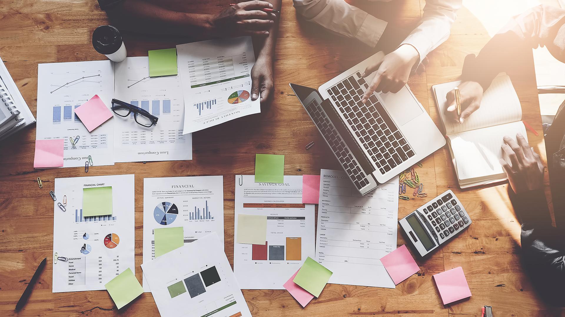Aprenda como montar sua estratégia de vendas para 2021