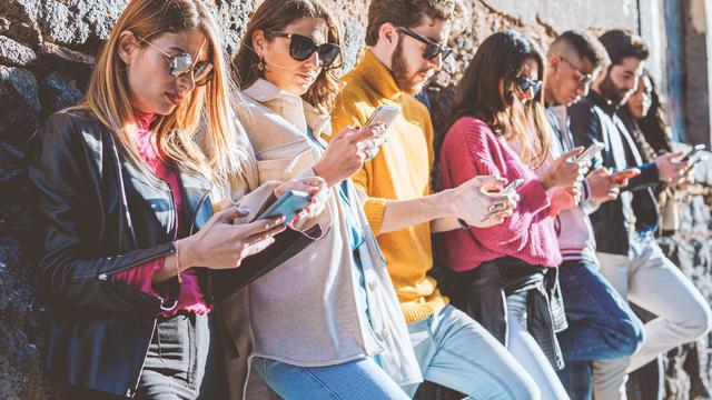 A relação dos jovens com as redes sociais