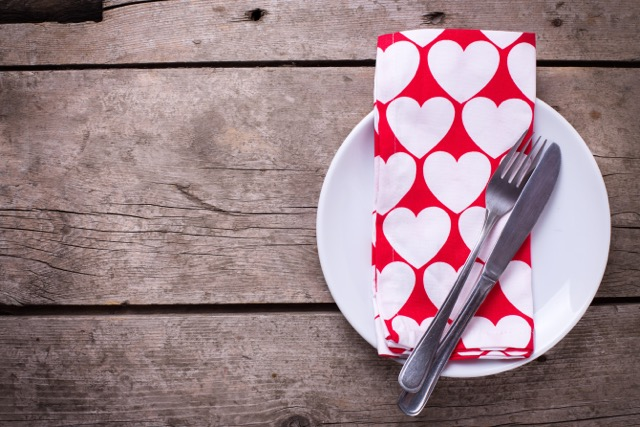 Cuisiner ensemble : une aventure culinaire romantique