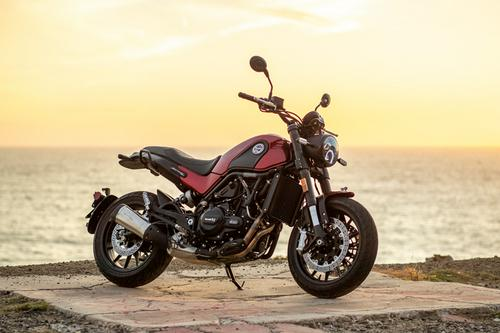 2021 Benelli Leoncino | Road Test Review