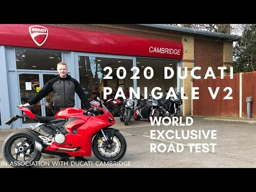 2020 DUCATI PANIGALE V2, THE WORLDS FIRST ROAD TEST ON YOUTUBE & DETAILED WALK AROUND! Part 1